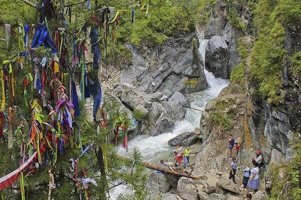 водопад на Кынгырге