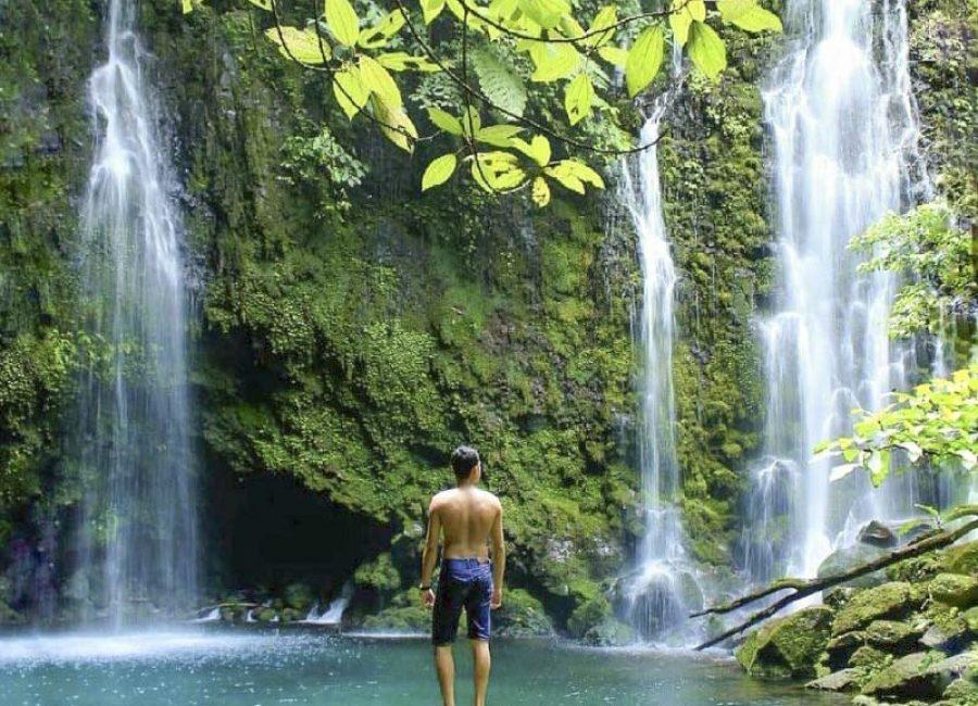 Air-Terjun-Proklamator-Wisata-Baru-dekat-Gunung-Singgalang-800x1000