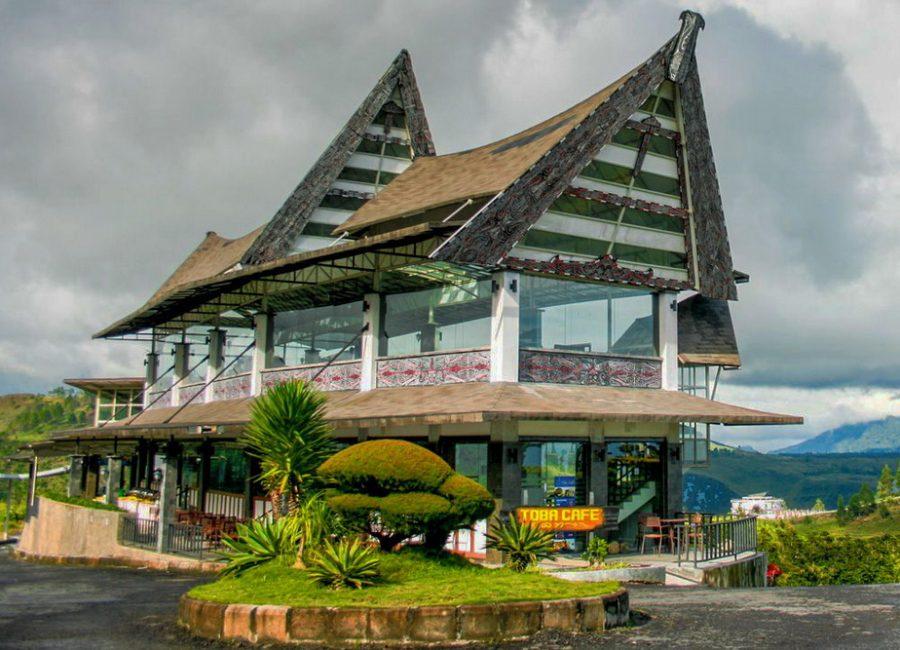 Bermalam-Di-Taman-Simalem-Resort-Danau-Toba