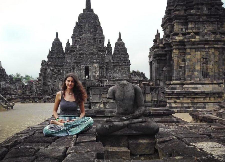 yoga-prambanan